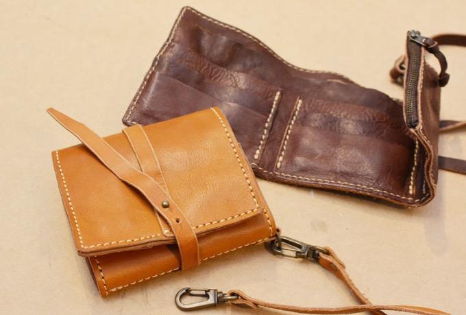 コード付き三つ折り財布