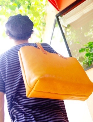 SLOW-bono zip tote bag